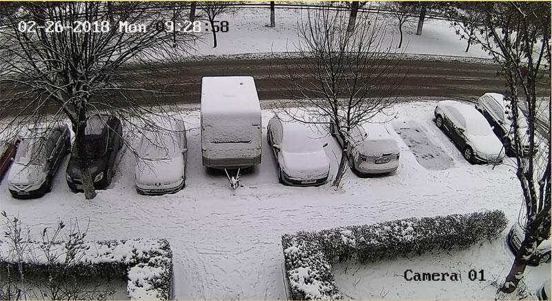 camera supraveghere parcare bloc